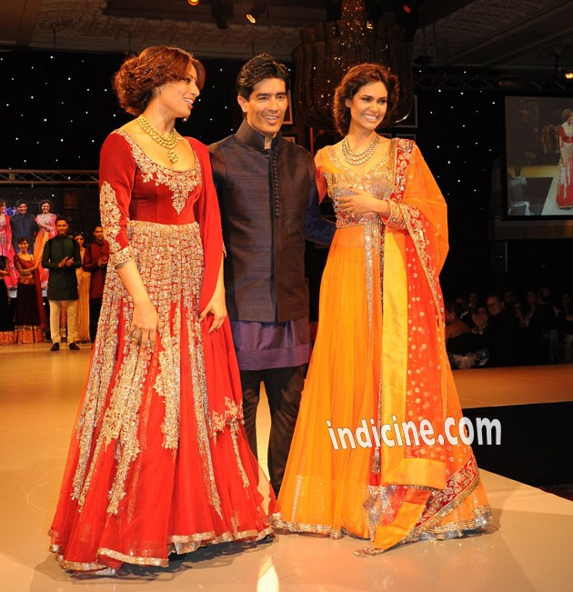 Bipasha Basu, Manish Malhotra and Esha Gupta