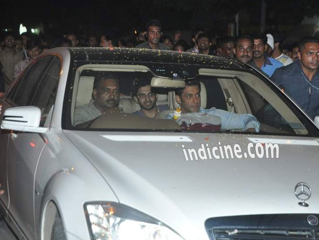 Salman Khan snapped post Jai Ho shoot