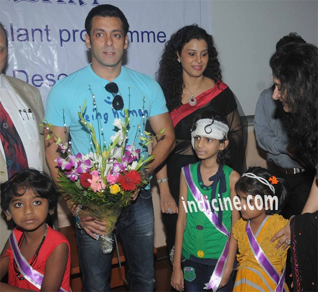 Salman Khan with special kids