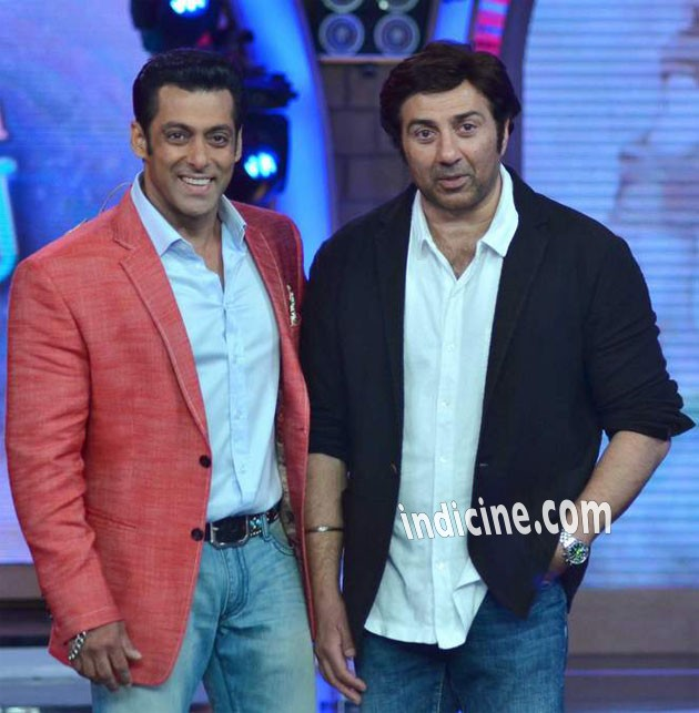 Salman with Sunny on the sets of Bigg Boss: Photos