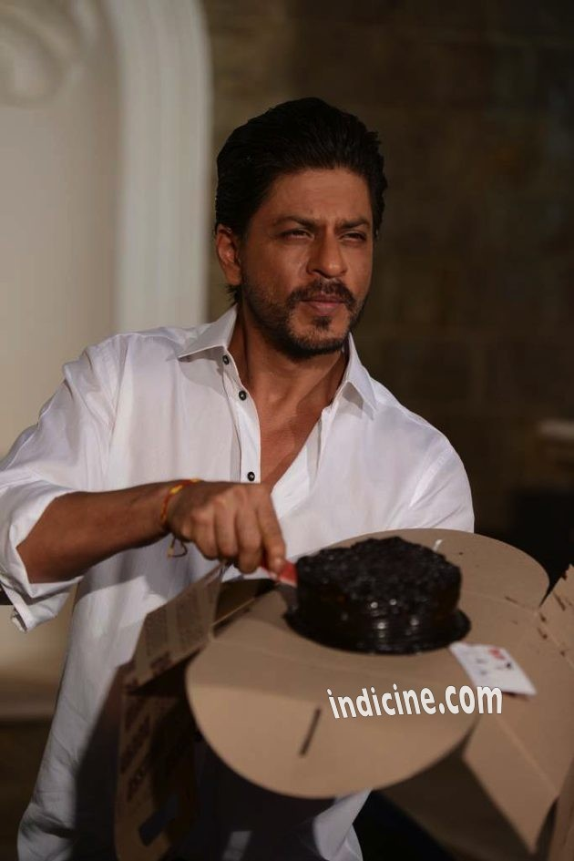 Shahrukh-Khan-Birthday-9