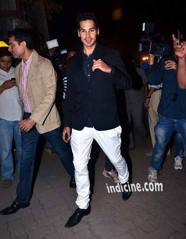 Dino Morea at Christmas Midnight Mass