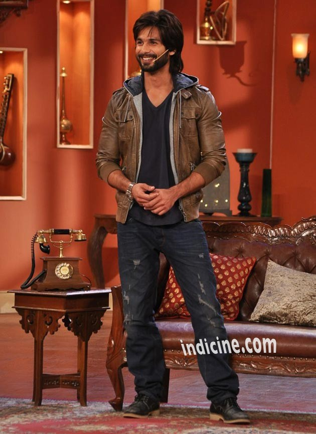 Shahid Kapoor promotes R Rajkumar on Comedy Nights with Kapil