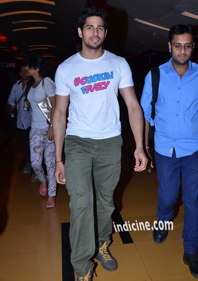 Sidharth at Hasee Toh Phasee promotion