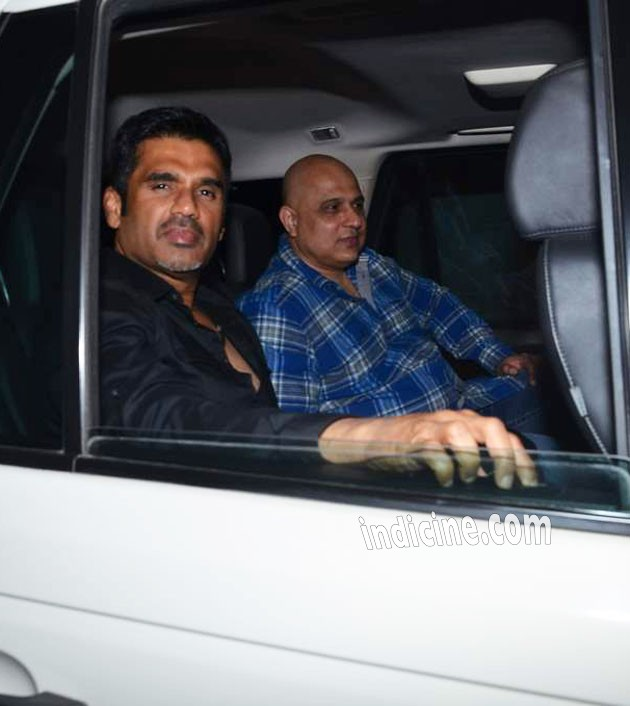 Sunil Shetty at Salman Khan's birthday bash in Panvel