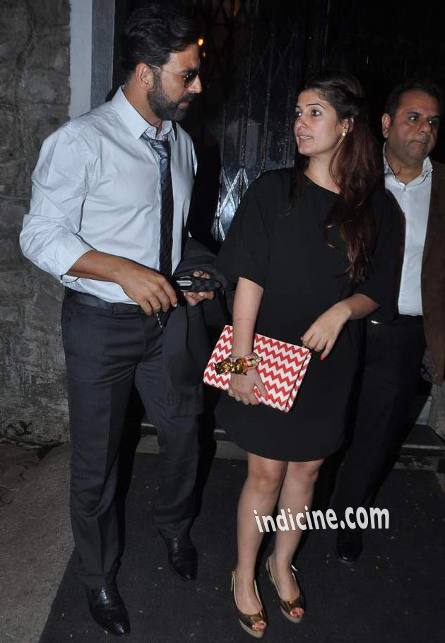 Akshay Kumar with wife Twinkle Khanna at Bandra
