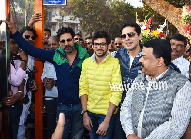 Akshay kumar, Aditya Thackeray and Dino Morea