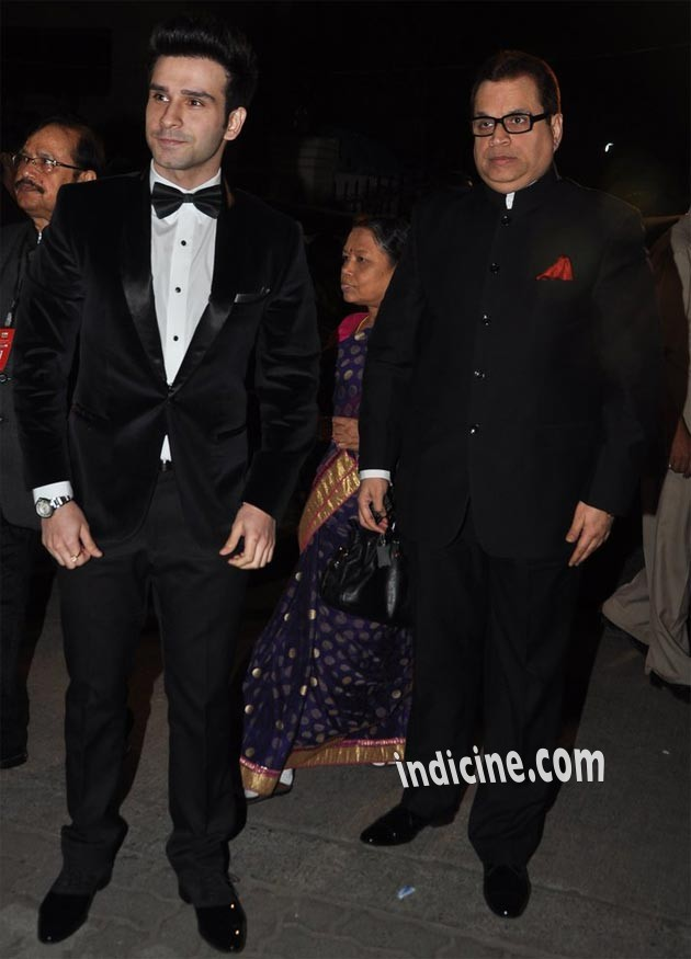 Girish Kumar with his father Ramesh Taurani
