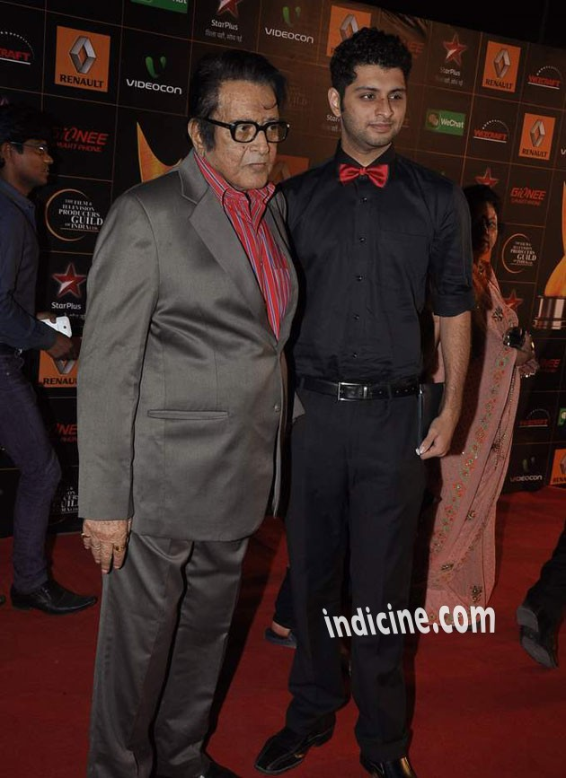 Manoj Kumar with son