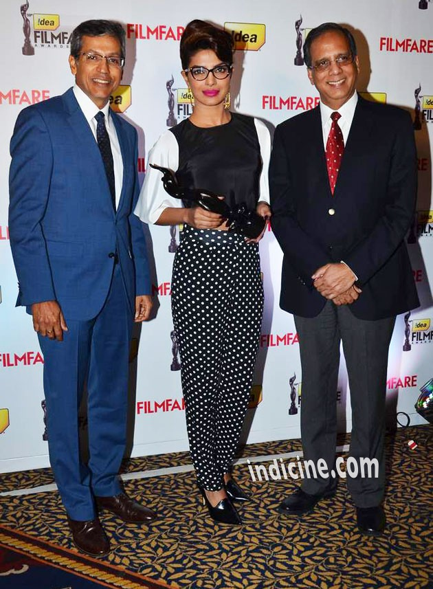 Priyanka - Filmfare's 3d Trophy launch