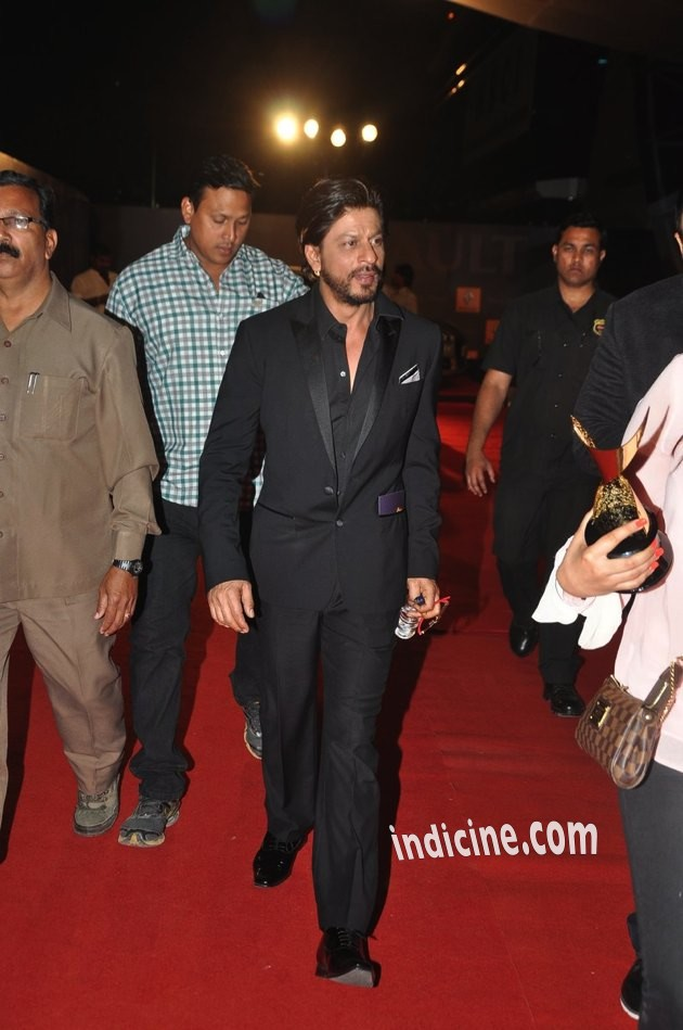 SRK-Guild-Awards-13
