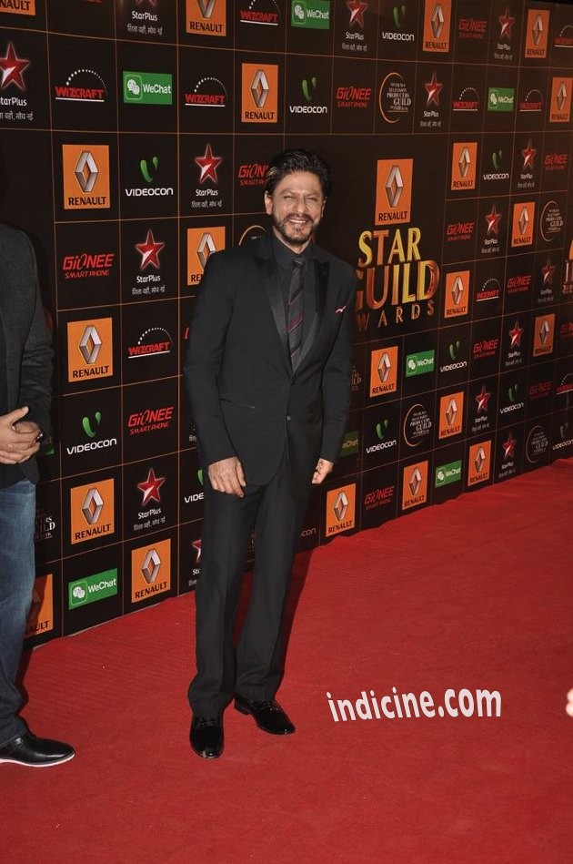 SRK-Guild-Awards-3