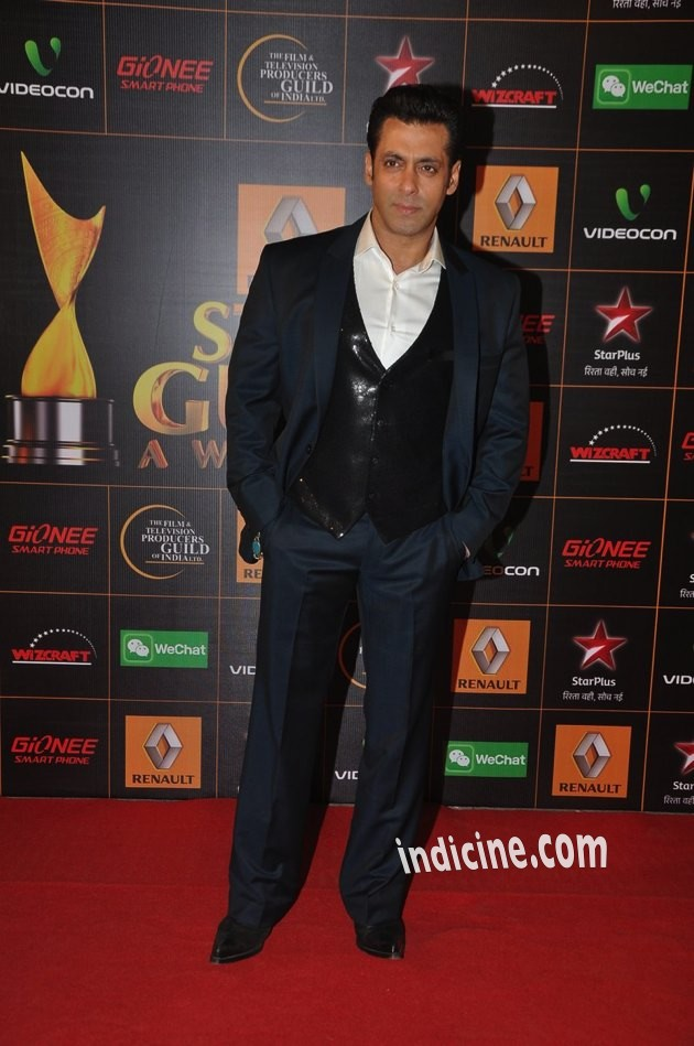 Salman-Guild-Awards-11