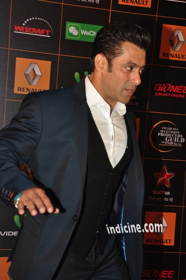 Salman-Guild-Awards-12