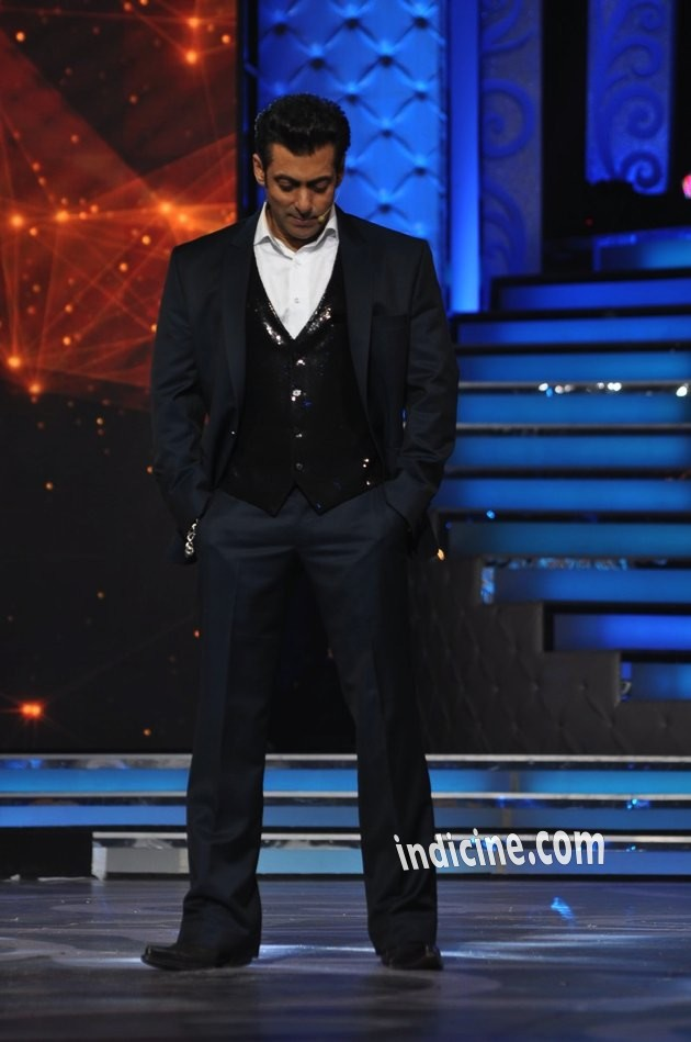 Salman-Guild-Awards-13