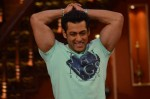 Salman promotes Jai Ho on Comedy Nights with Kapil