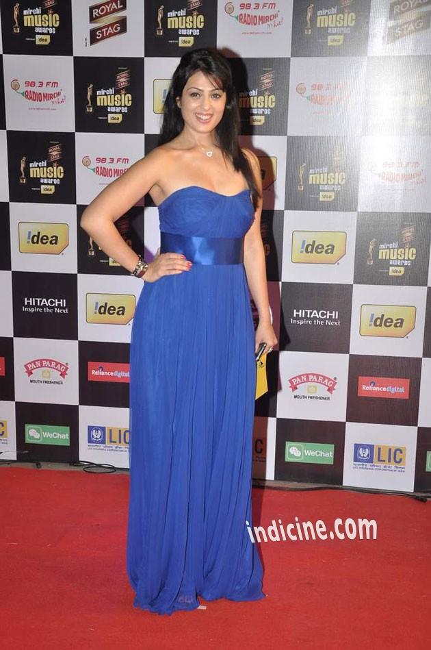 Anjana Sukhani at Mirchi Music Awards