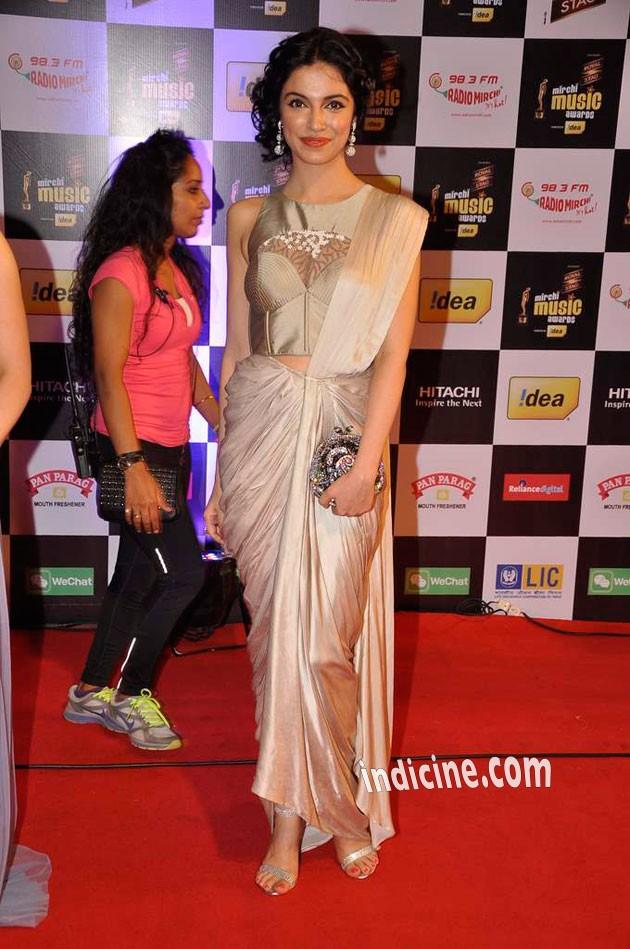 Divya Kumar at Mirchi Music Awards
