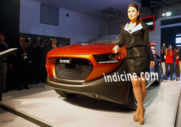 Kareena Kapoor at 2014 Indian Auto Expo
