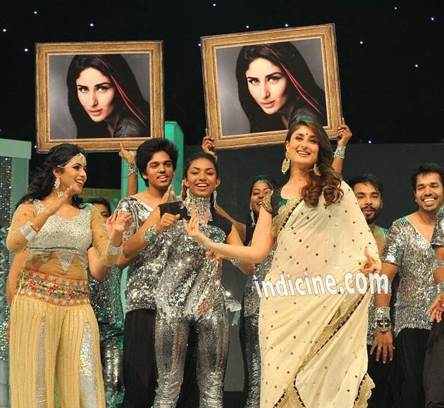 Kareena Kapoor at the Asia Vision Radio Awards in Dubai 2014