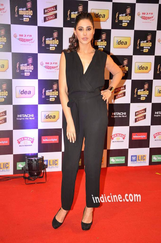 Nargis Fakhri at Mirchi Music Awards