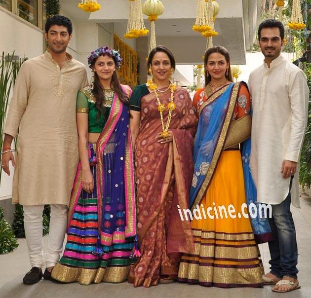 Vaibhav Vora, Ahana Deol, Hema Malini, Esha Deol and Bharat Takhtani