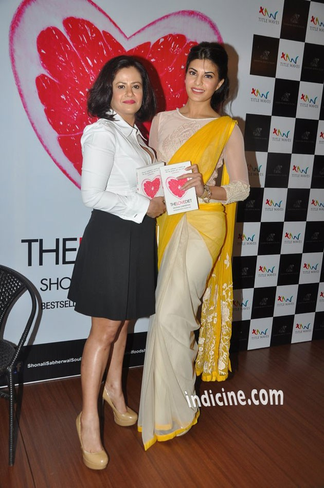 Jacqueline launches Shonali Sabherwal's book The Love Diet