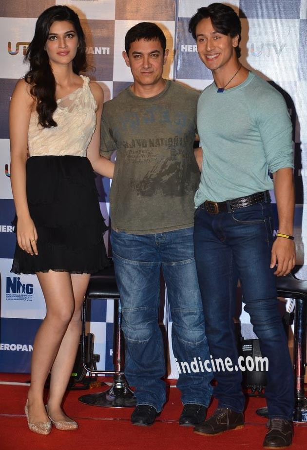 Aamir Khan with Tiger Shroff and Kriti Sanon