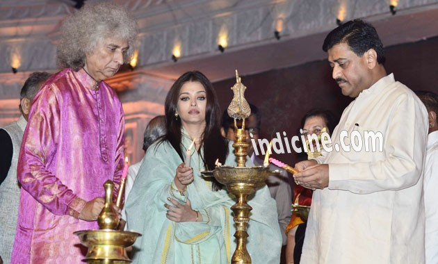 Aishwarya Rai inaugurates Shri Sathya Sai Baba event