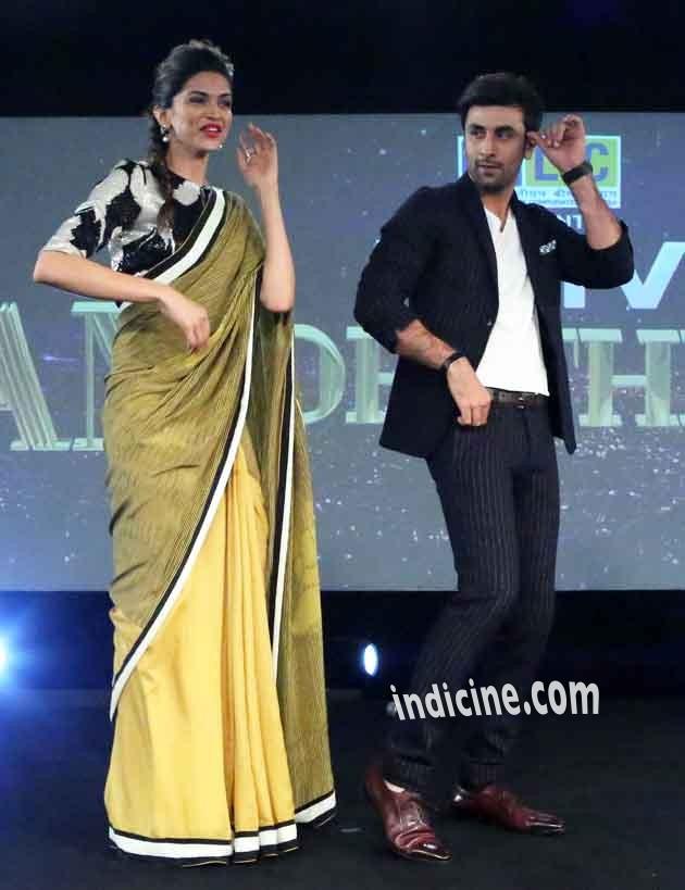 Deepika and Ranbir dancing for song Badtameez dil