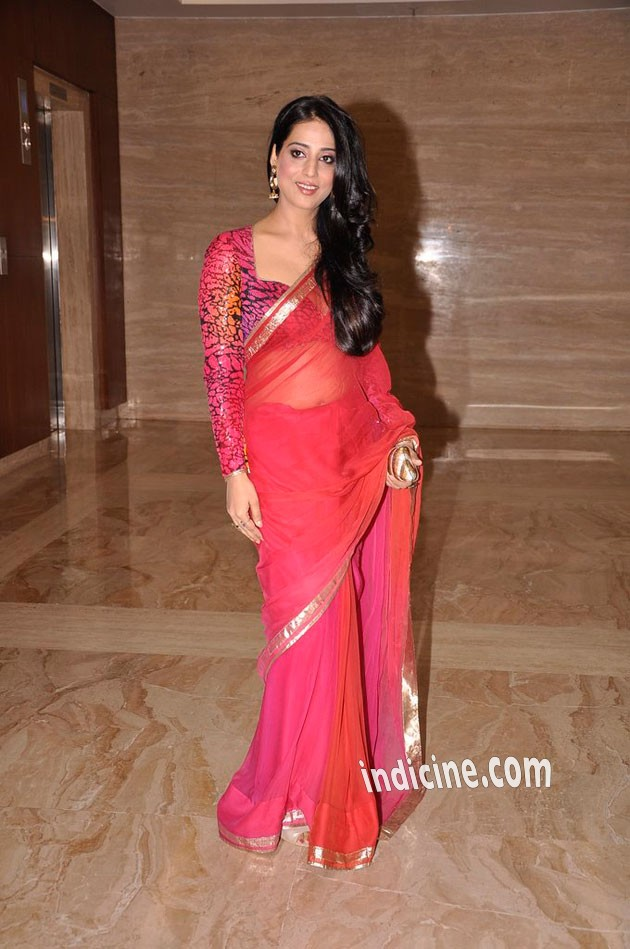 Mahi Gill at Savvy Magazine special issue launch