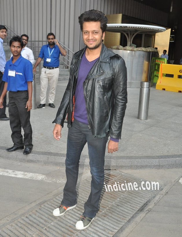 Ritesh Deshmukh returns from IIFA 2014