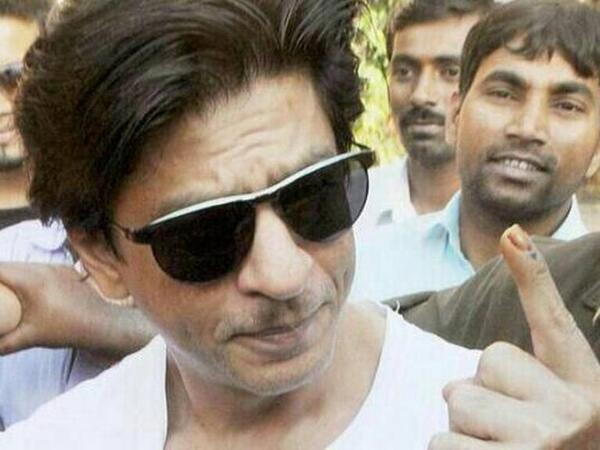 Shahrukh Khan after casting his vote in Mumbai