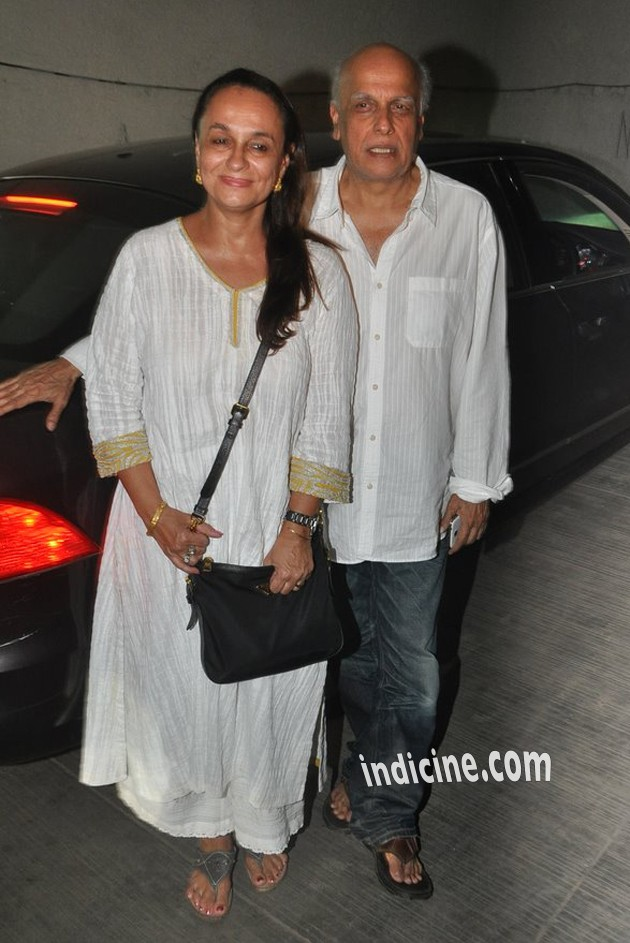 Mahesh Bhatt with wife Soni Razdan