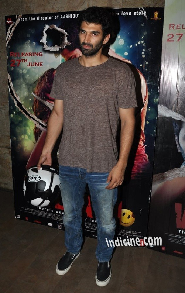 Aditya Roy Kapoor at special screening of Ek Villain