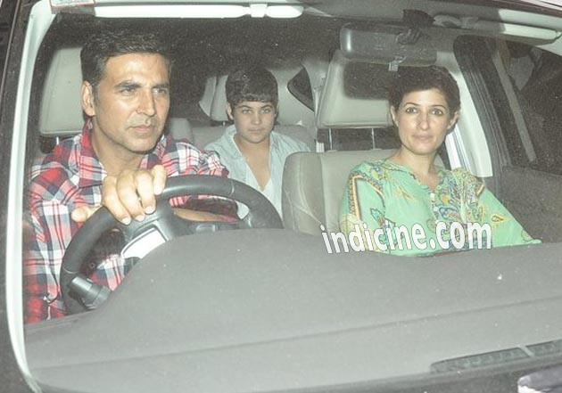 Akshay Kumar with wife Twinkle Khanna and son Aarav Kumar