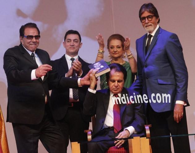 Dharmendra, Aamir Khan, Saira Banu, Amitabh Bachchan and Dilip Kumar