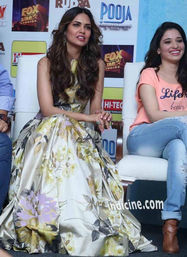 Esha Gupta with Tamanna Bhatia