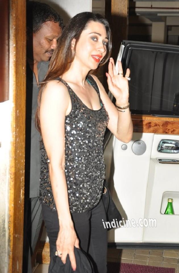 Karishma Kapoor at Arjun Kapoor's birthday bash