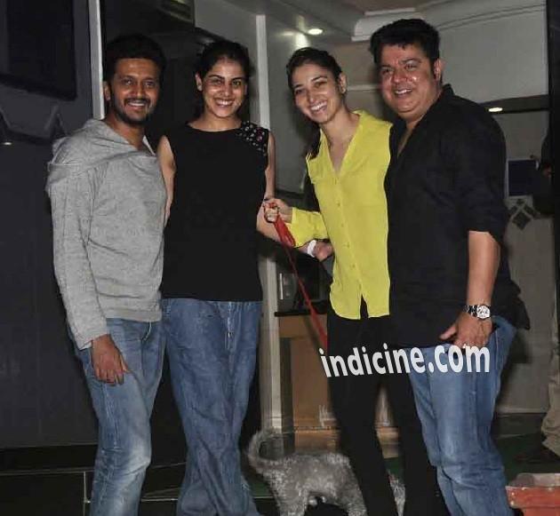 Ritesh Deshmukh with wife Genelia D'Souza, Tamanna Bhatia and Sajid Khan