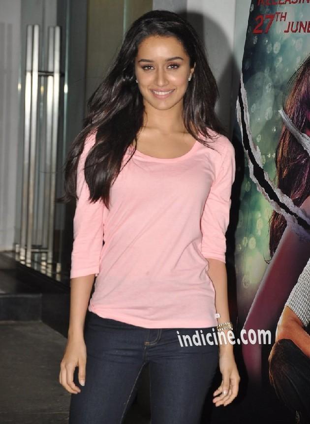 Shraddha Kapoor at Ek Villain Special screening at Sunny Super Sound