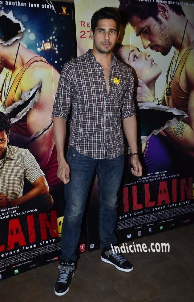 Sidharth Malhotra at Ek Villain Special screening at Lightbox