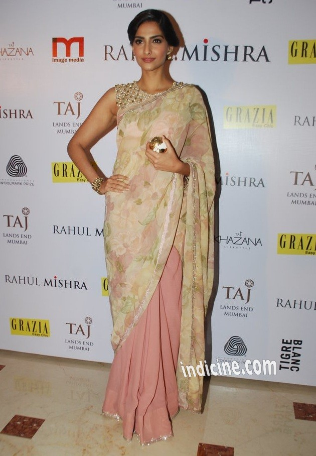 Sonam Kapoor at Rahul Mishra's bash