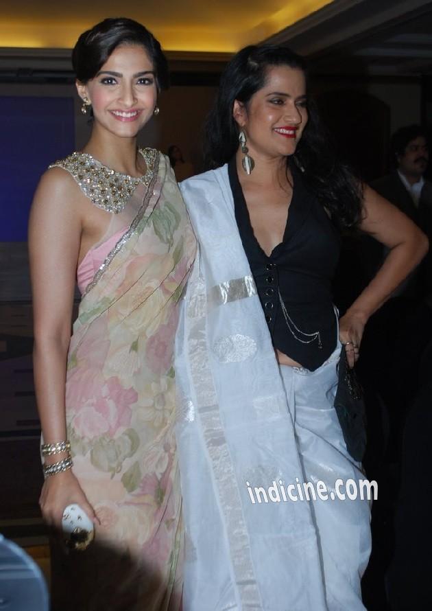 Sonam Kapoor with Sona Mohapatra