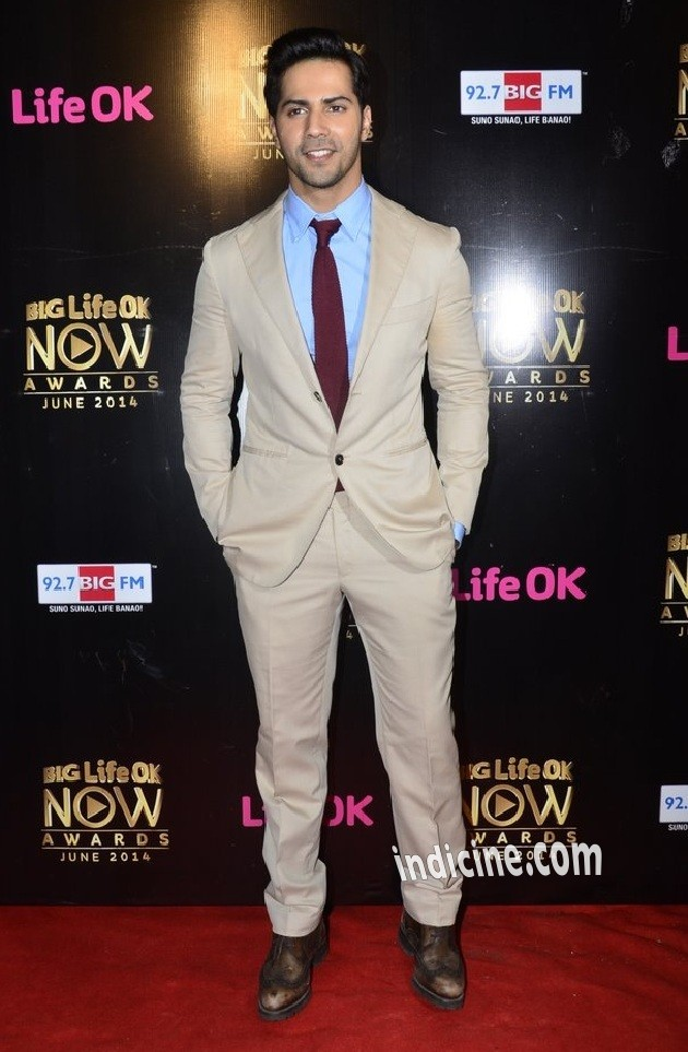 Varun Dhawan at Big Life OK Now Awards 2014