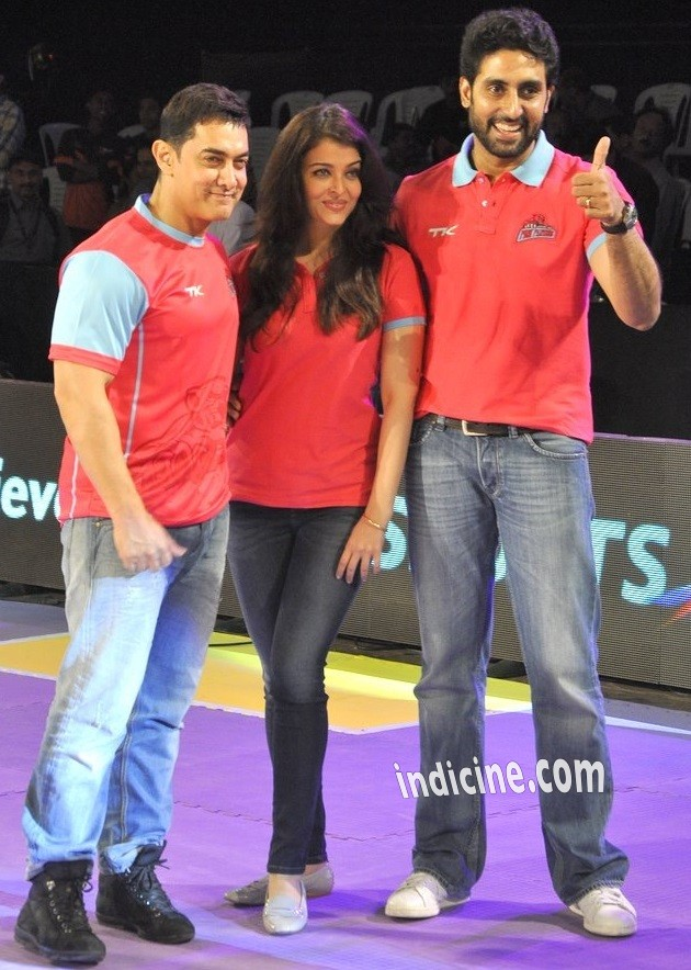 Aamir Khan, Aishwarya Rai and Abhishek Bachchan at Pro Kabbadi League