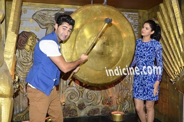 Armaan Jain, Deeksha Seth on the sets of Entertainment Ke Liye Kuch Bhi Karega