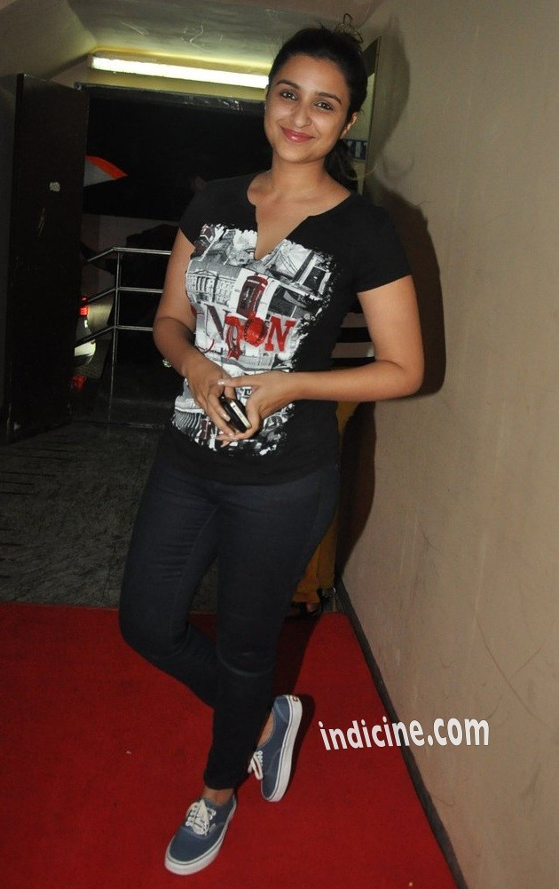 Parineeti Chopra at Lekar Hum Deewana Dil premiere at PVR