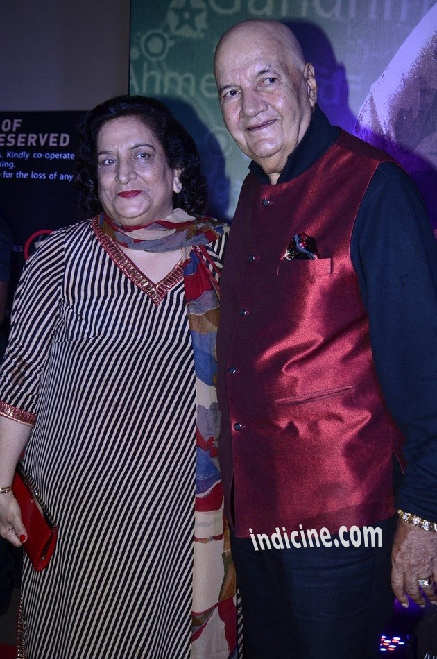 Prem Chopra with wife Uma Chopra
