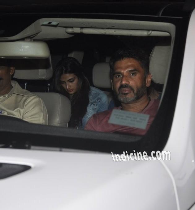 Sunil Shetty with daughter Athiya Shetty at Kick screening